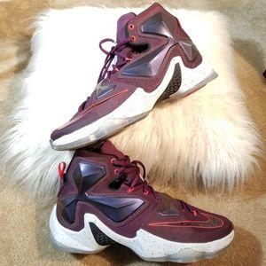 Nike LeBron XIII Written in the Stars Men's Sz11.5